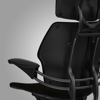 Freedom S Backrest Allows Automatic Pivoting To Accommodate The Changing Needs Of Spine Its Synchronous Armrests Stay With User During Recline