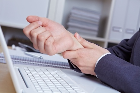 Ways to Treat and Prevent Carpal Tunnel Syndrome