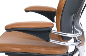 freedom features freedom chair in leather