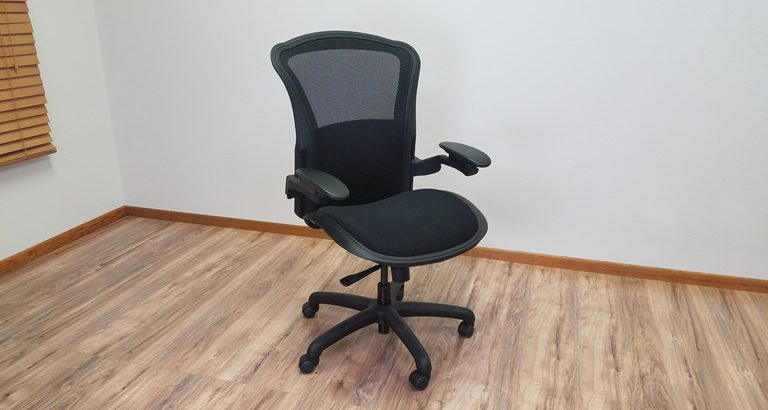 The Valo Magnum 24/7 Mesh Chair (Review/Rating/Pricing)