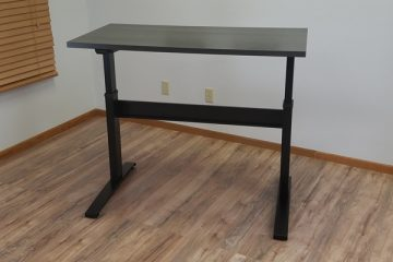 VertDesk v3 Electric Standing Desk (Review / Rating / Pricing)
