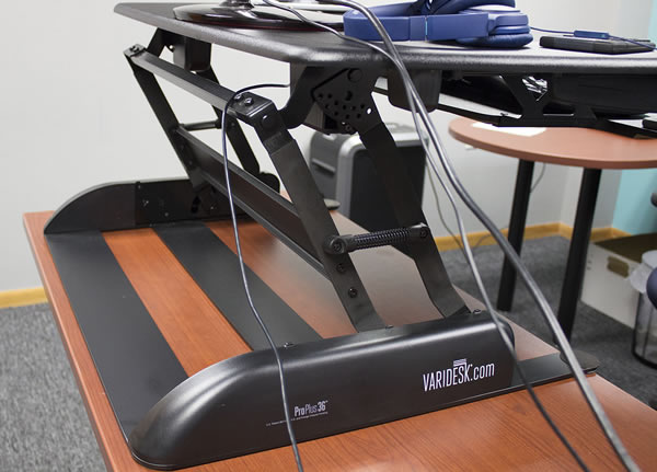 Z-lift on Varidesk
