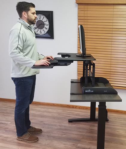 Varidesk Has Awkward Raising Motion