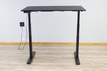 EvoDesk Powered Adjustable Standing Desk (Review / Rating / Pricing)