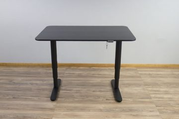 IKEA Bekant Electric Sit To Stand Desk (Review / Rating / Pricing)