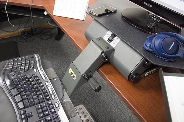 Keyboard arm