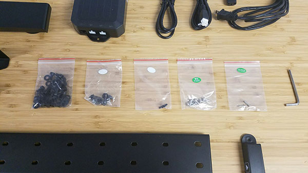 GeekDesk hardware bags
