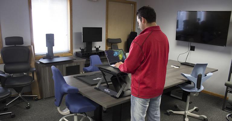 VARIDESK Laptop 22 Mobile Standing Desk Converter