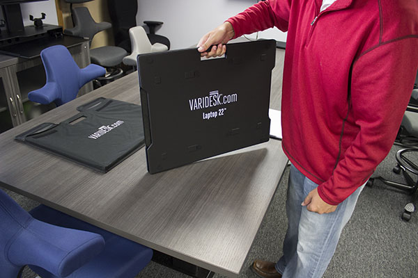 VARIDESK Laptop 22 Ready To Go Out Of Carrying Case