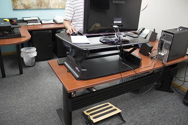 Footprint on Varidesk Pro 36