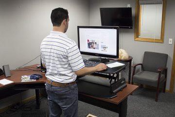 Varidesk Pro 36™ Standing Desk Converter (Review / Rating / Pricing)