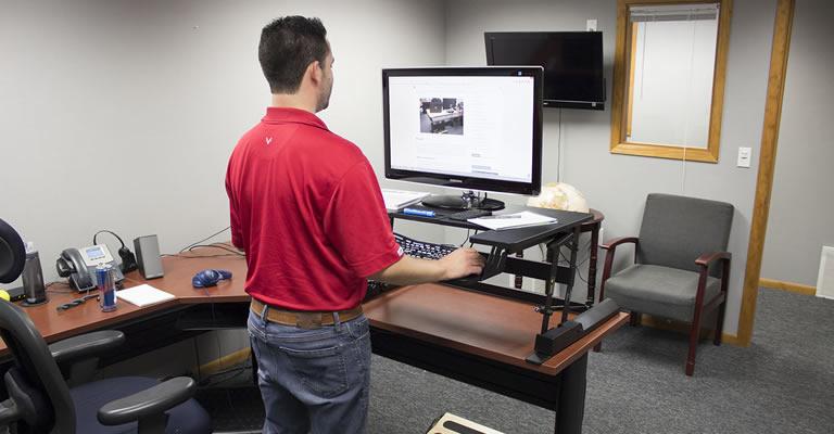VIVI Standing Desk Converter V000B Review