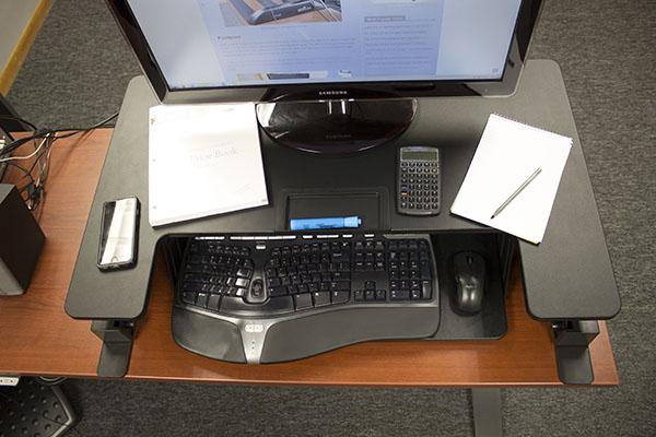 Vivo Desk V000b Sit Stand Desktop Converter Review Pricing