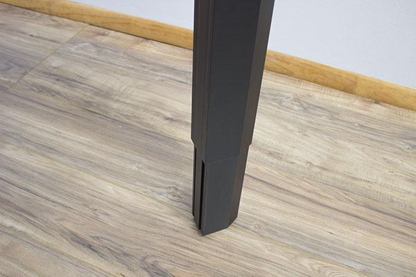 Close up of ViviStand column
