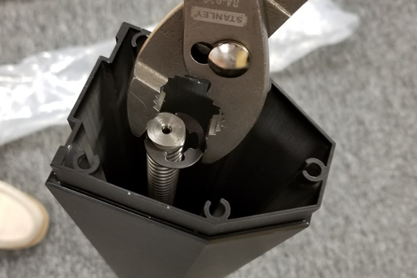 Putting the C clip back in place (1 of 2)