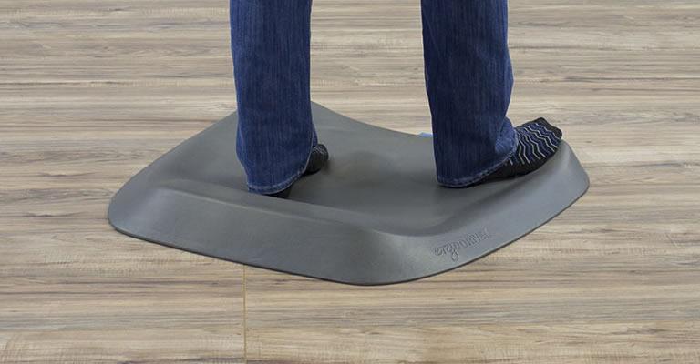 Topo Standing Desk Mat by ErgoDriven