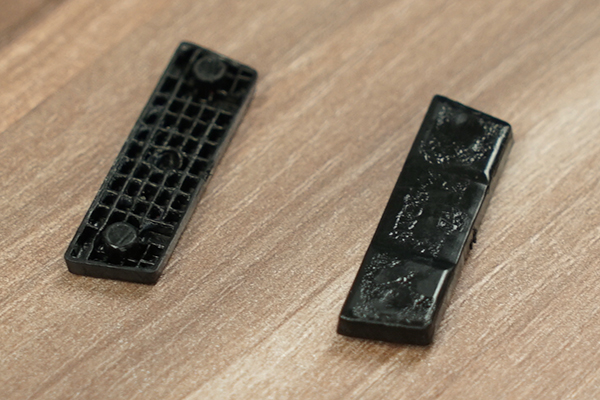 Close look at both sides of the 3D printed glides