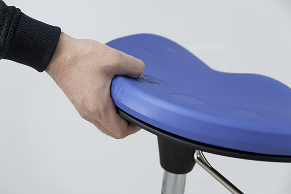 Handle underneath seat pad on Mobis II