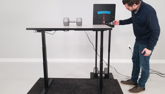 SmartDesk 2 BE Wobble Deflection Test Setup @ 46""