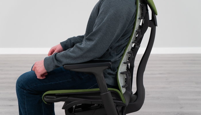 Lumbar curve while seated in the Embody