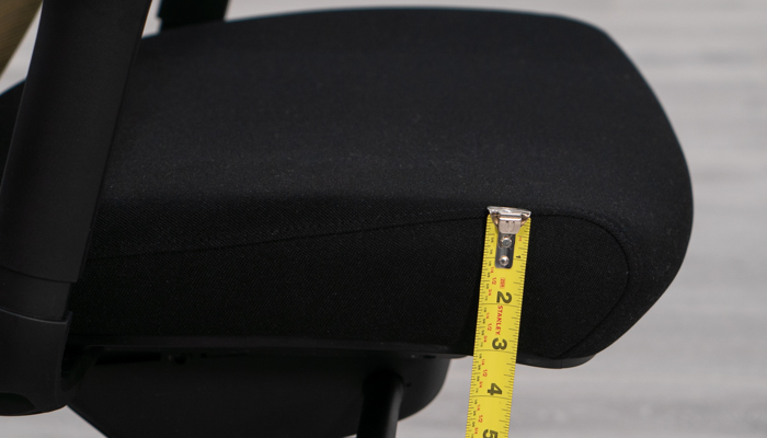 Measuring thickness of seat pad