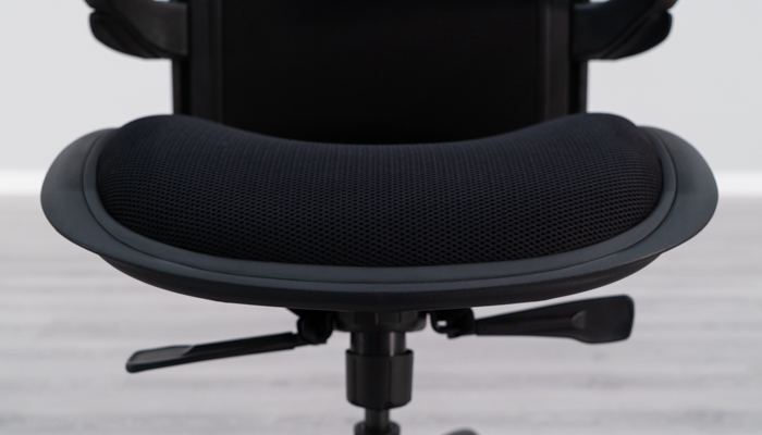 Front View of Valo Viper Seat