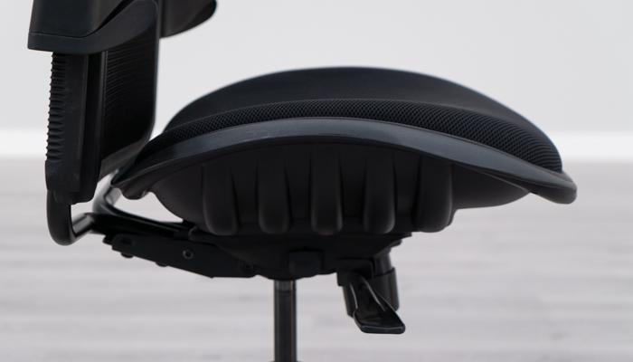 Side View of Valo Viper Seat