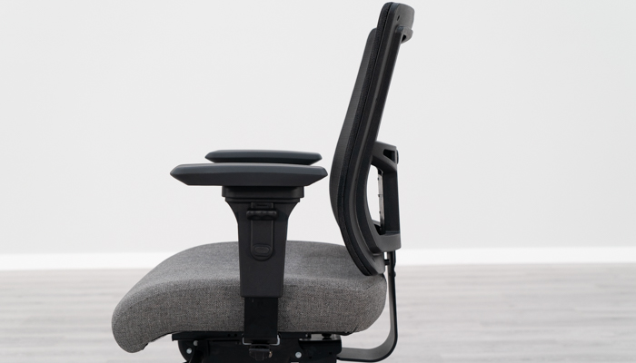 Showing natural curve in Affirm backrest