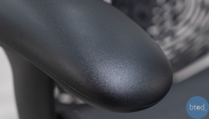 Mirra 2 Armrest Poly Material Close Up