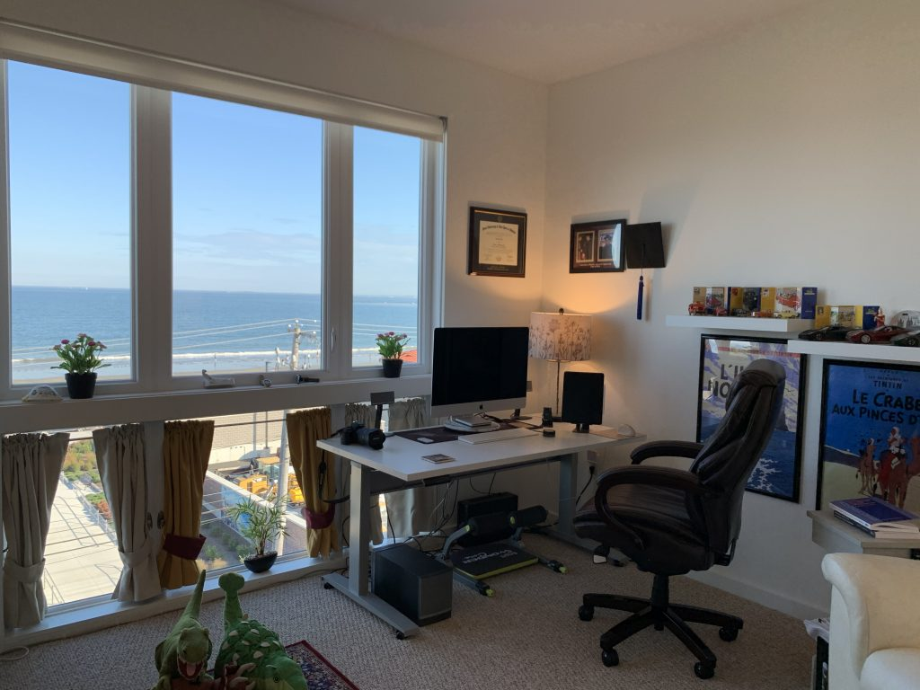 """30"""" x 60"""" Galaxy White Laminate Top with Silver VertDesk Height Adjustable Desk Frame on Casters"""