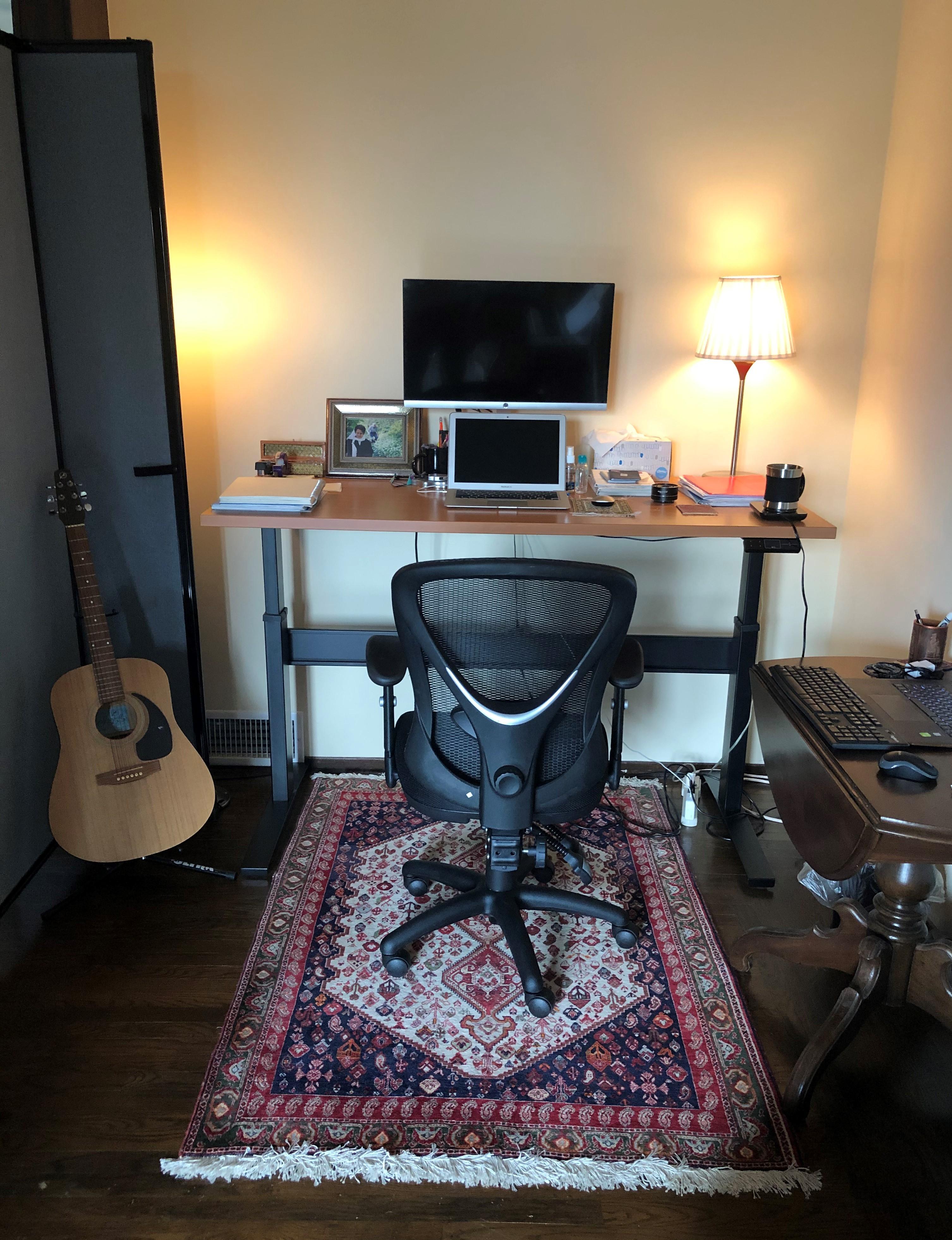 "30"" x 60"" Pearwood Laminate Top with Black VertDesk Stand Up Desk Frame"