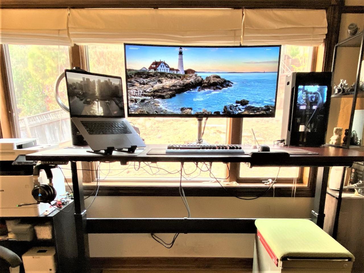 "30"" x 72"" Mahogany Laminate Top with Black VertDesk Standing Desk Frame"