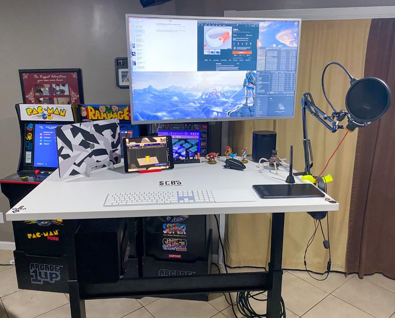 "30"" x 48"" Galaxy White Laminate Top with Black VertDesk Standing Desk Frame"