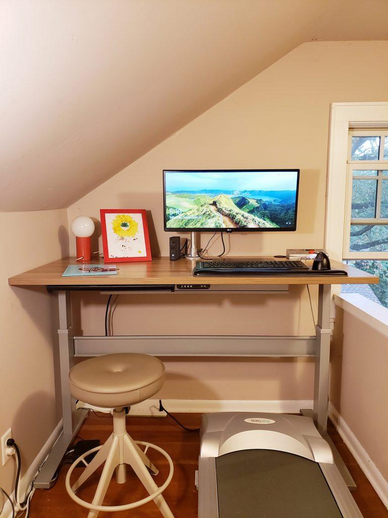 "30"" x 60"" Macchiato Laminate Top with Silver VertDesk Standing Desk Frame"