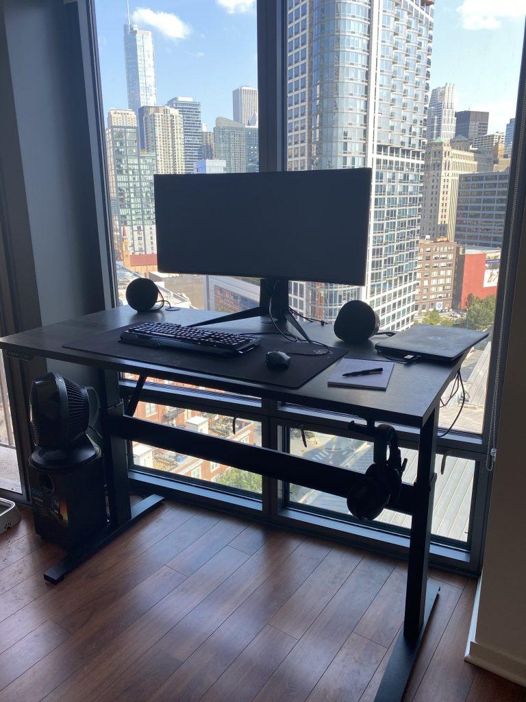 "30"" x 60"" Driftwood Laminate Top with Black VertDesk Standing Desk Frame"