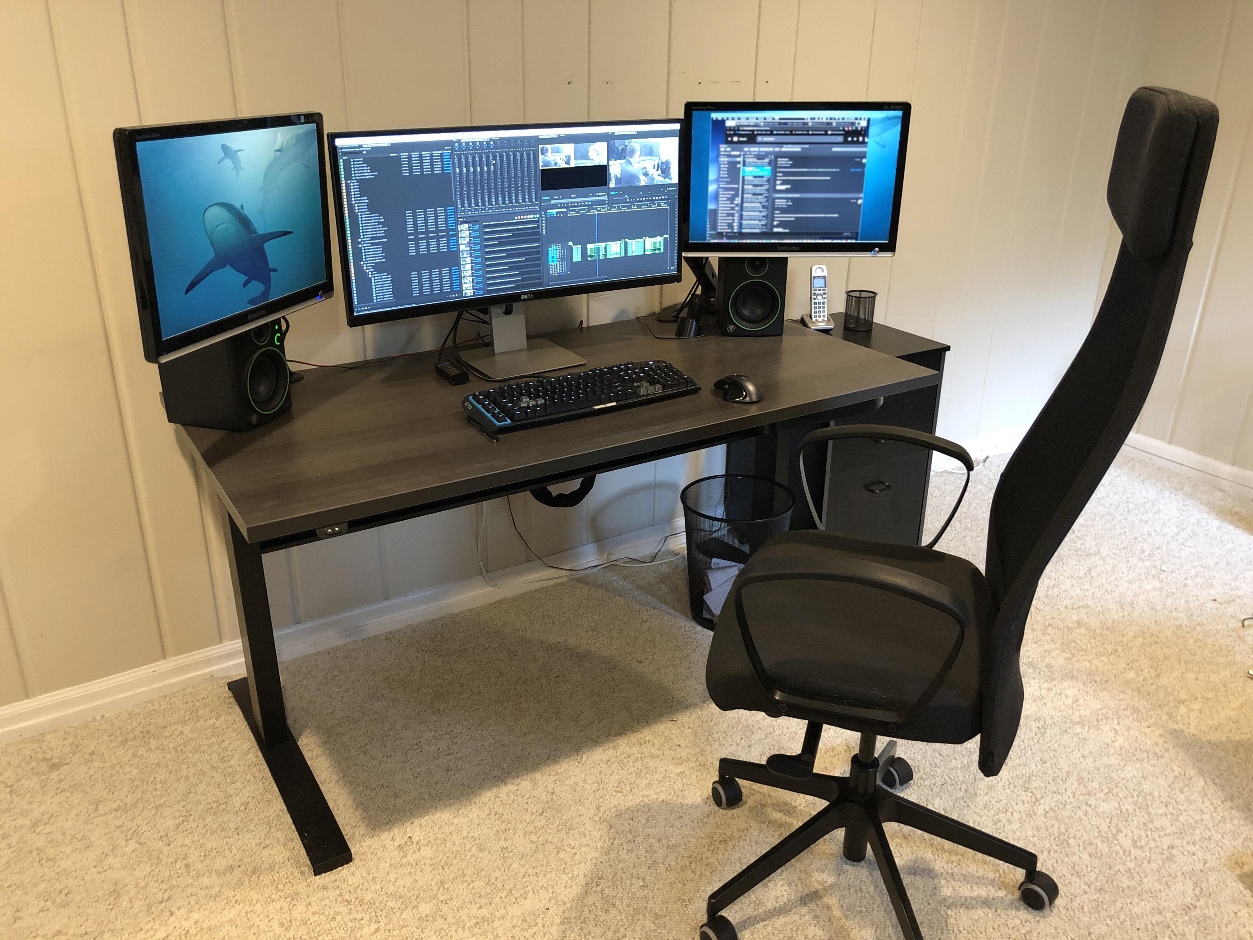 """30"""" x 60"""" Driftwood Laminate Top with Black VertDesk Adjustable Desk Frame"""