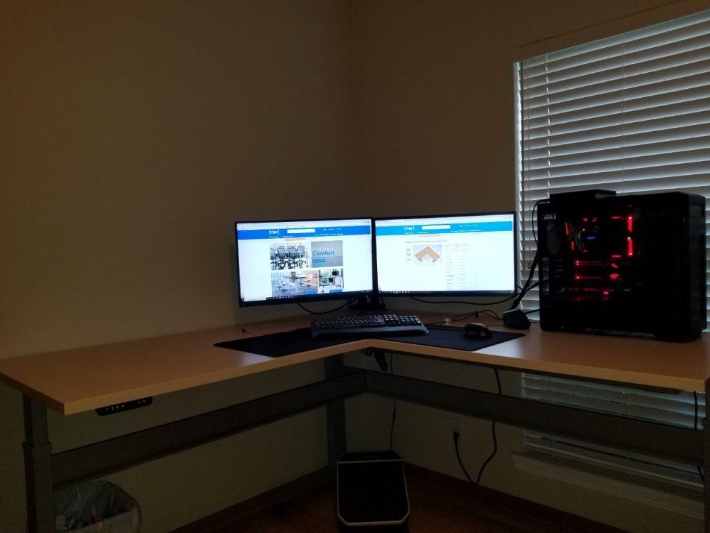"30"" x 72"" x 72"" x 30"" Hardrock Maple Laminate Top with Silver VertDesk Standing Desk Frame"