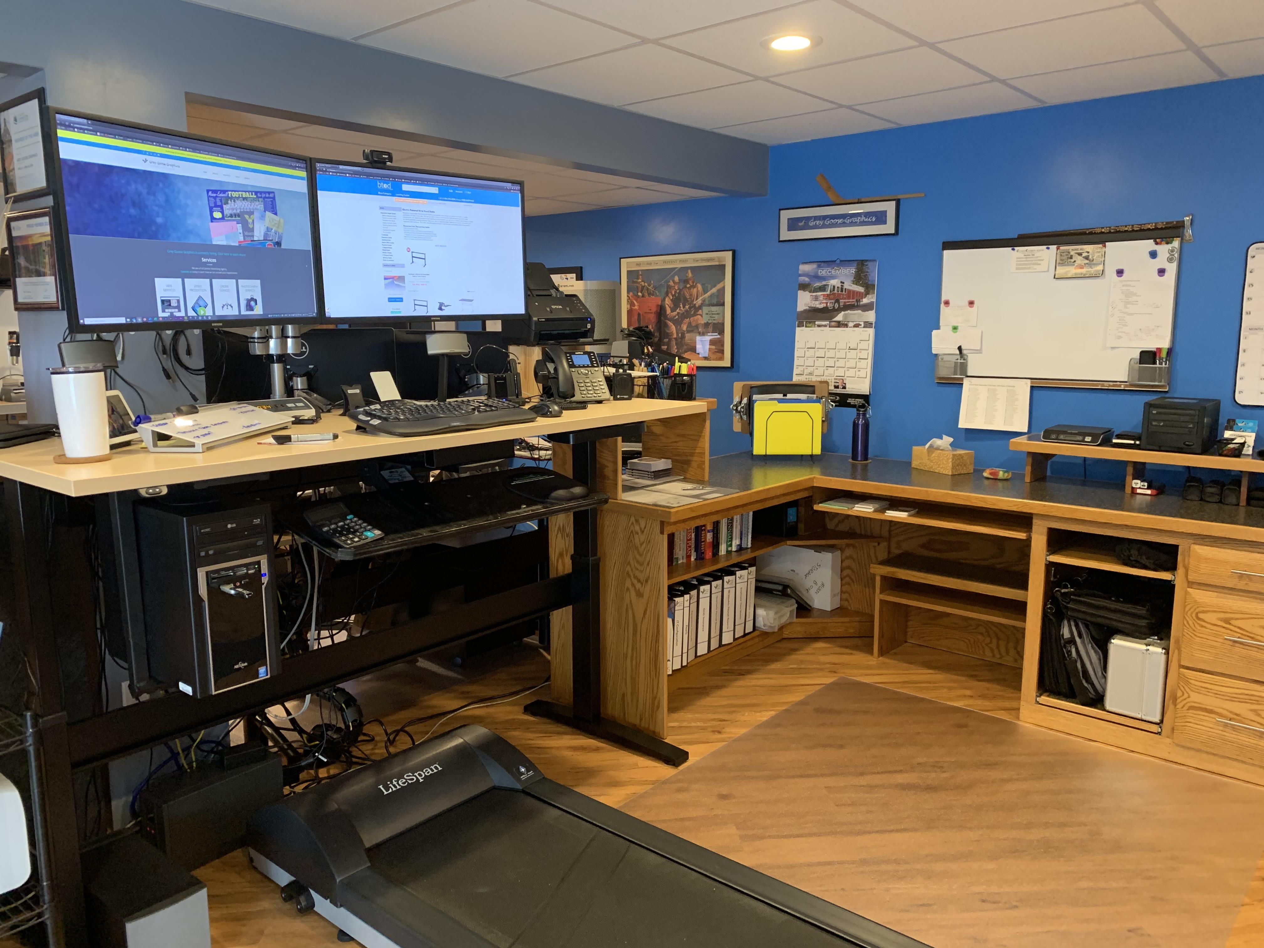 "30"" x 72"" Hardrock Maple Laminate Top with Black VertDesk Standing Desk Frame"