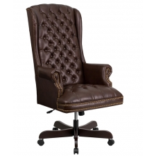 Traditional Black Leather Tufted Chair